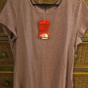 NWT North Face tee